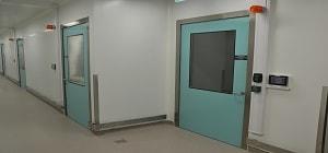 Spécifications des portes pour les salles blanches